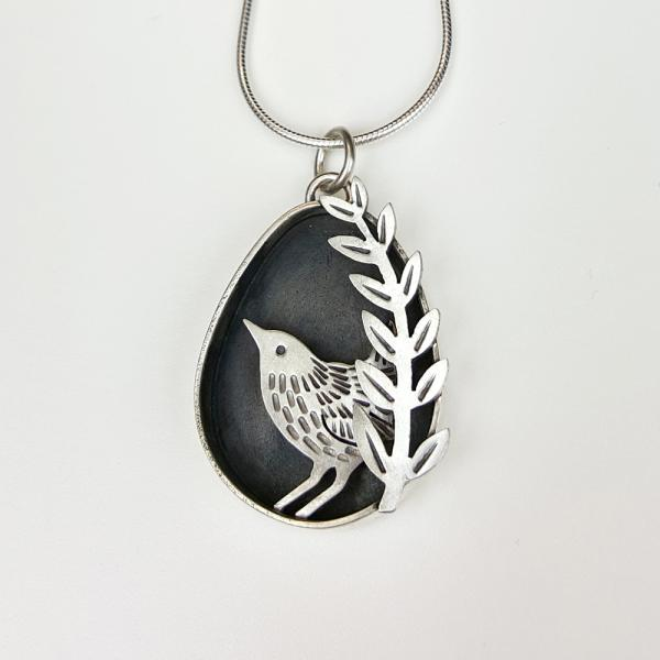 Wren, silver, handmade silver jewellery, made in Notitngham, Helen Shere, pendant, necklace