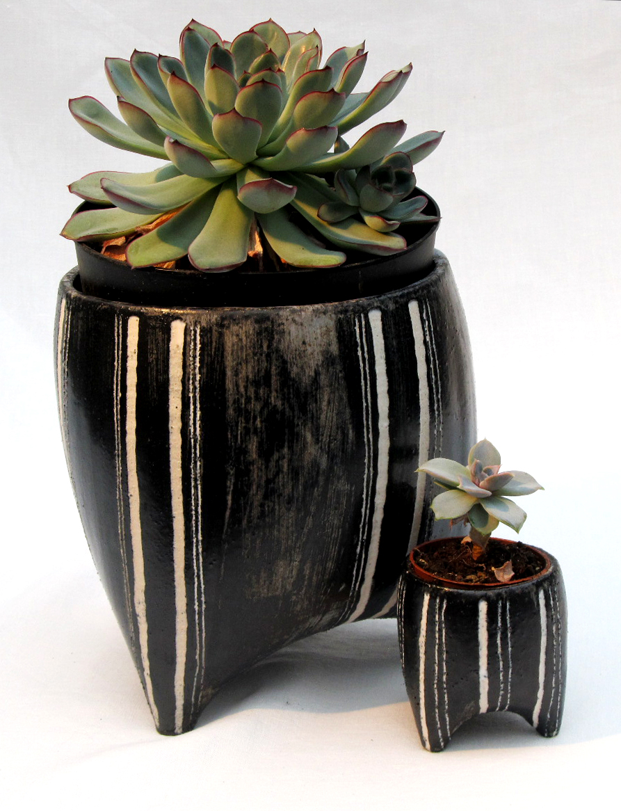 large small planters stripes blue/black & white