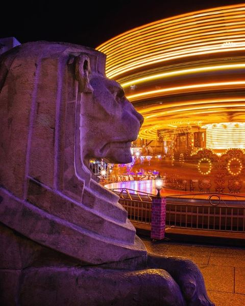 Lion, Right Lion, Nottingham, Market Square, Funfair, Light